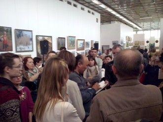 "Bato Dugarzhapo draws caricatures on the exhibition ""open lesson"""