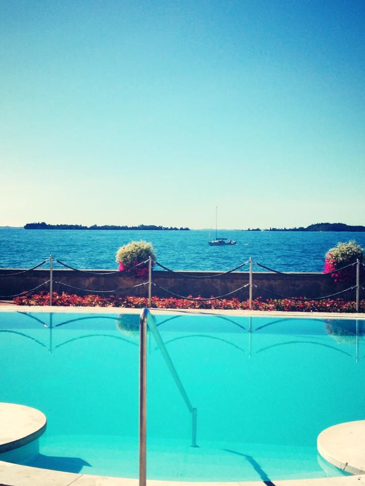 #grandhotel #swimmingpool #grandlife #sun #summer #lagodigarda #lakegarda #gardasee