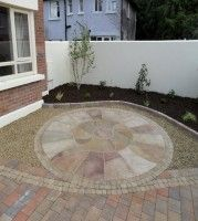 Furniture Circle Patterned Paved Driveway Designs With Concrete Fence