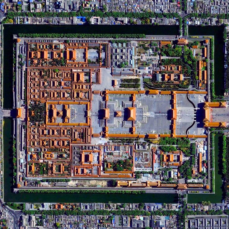 Image 1 of 20 from gallery of Civilization in Perspective: Capturing the World From Above. Forbidden City, Beijing, China. Image Courtesy of Daily Overview. © Satellite images 2016, DigitalGlobe, Inc
