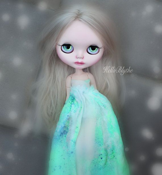 Neon Green Galaxy Gown for Blythe Dolls