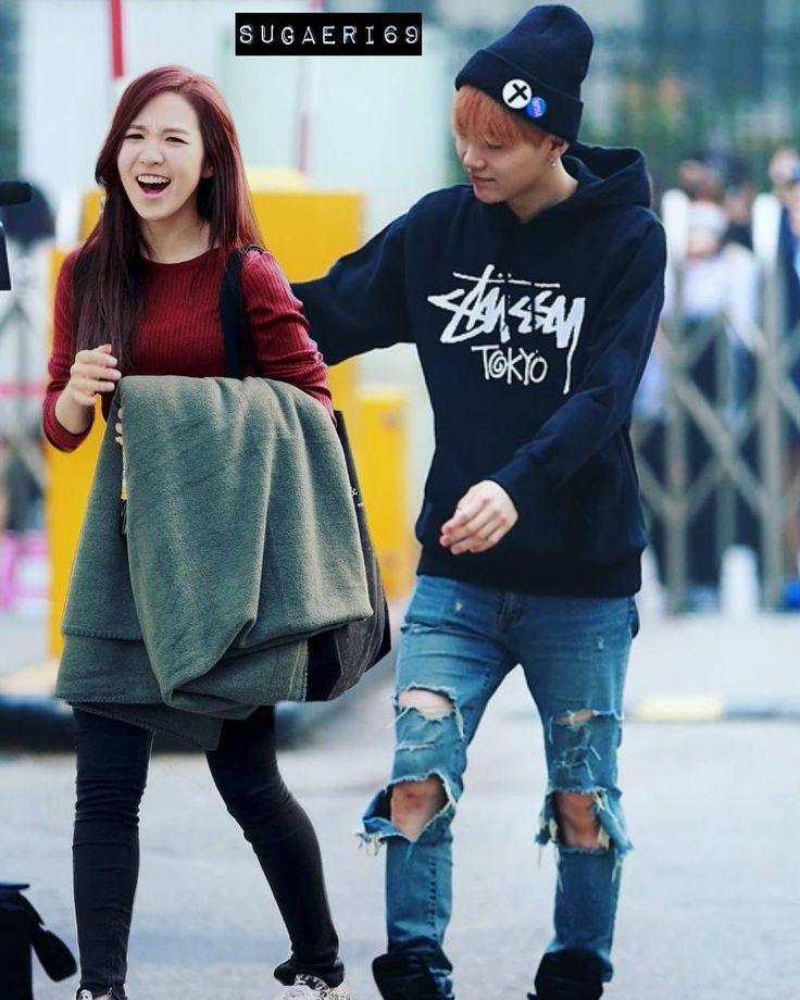 Min Yoongi and Son Seungwan on the date. . . Y : Come here. W : Nooo.. Y : Come closer. W : Why? Oppa, we're in public. Y : I dont care. W : Take care your PDA, Oppa. Gosh.. Y : (dont listen) (hug her) W : (blushing) (hig him back anw) . . . #sugawen#yoonwen#suga#wendy#minsuga#minyoongi#sonwendy#wendyson#sonseungwan#bts#bangtan#bangtanvelvet#btsvelvet#redvelvet#vrene#seulmin#jungri#wenhope#wenjin#wenga#yoondy#wengi