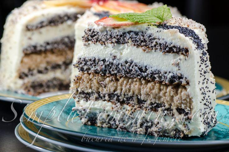 Tort delicios cu crema de vanilie si mere pe blat de mac si alune | Simplu Feminin