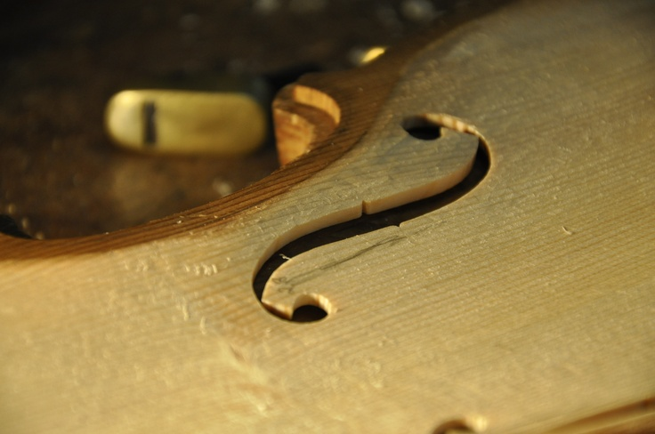 So beautiful and so sweet to be born of a violin ...