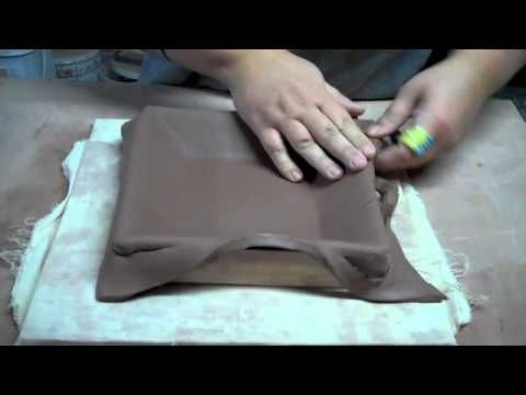 This is a great tutorial to make inexpensive molds for glass fusing. Making Dropped Platters
