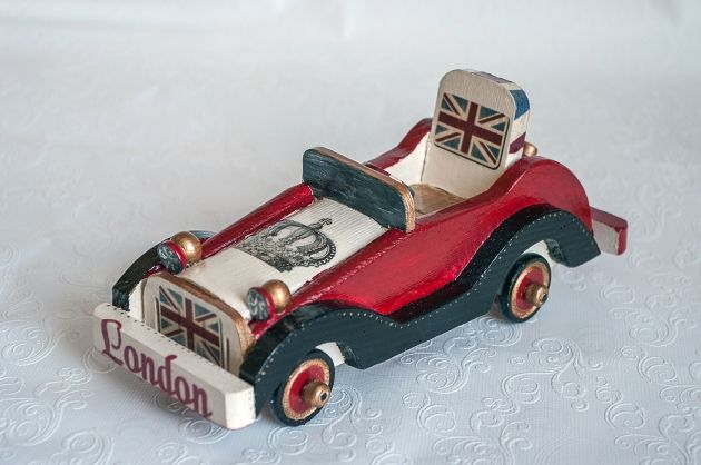 Модель машинки Англия