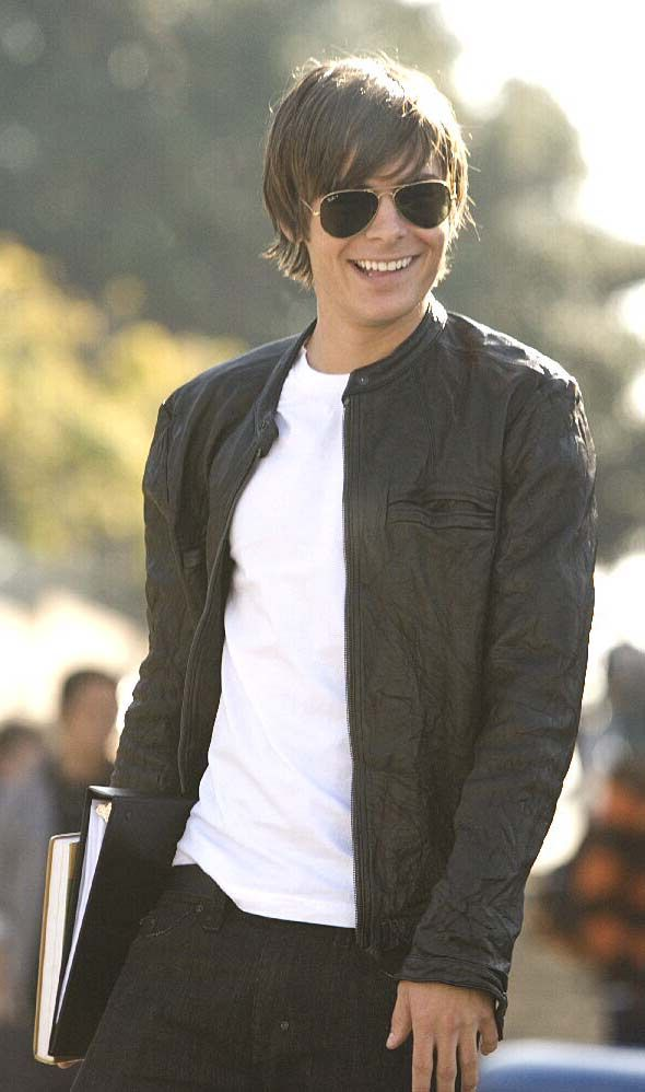 "Buy Online the super stylish Oblow 17 again Leather Jacket replicated by SK Fashion Store. The outfit is taken from the movie ""17 Again"" worn by Zac Efron. Place the order now and get in discounted price."