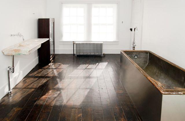 minimal bathroom with natural featuresTubs, Bathroom Inspiration, Upstate New York, Wood Floors, Dark Wood, Floating Farmhouse, White Bathroom, Minimal Bathroom, Stainless Steel
