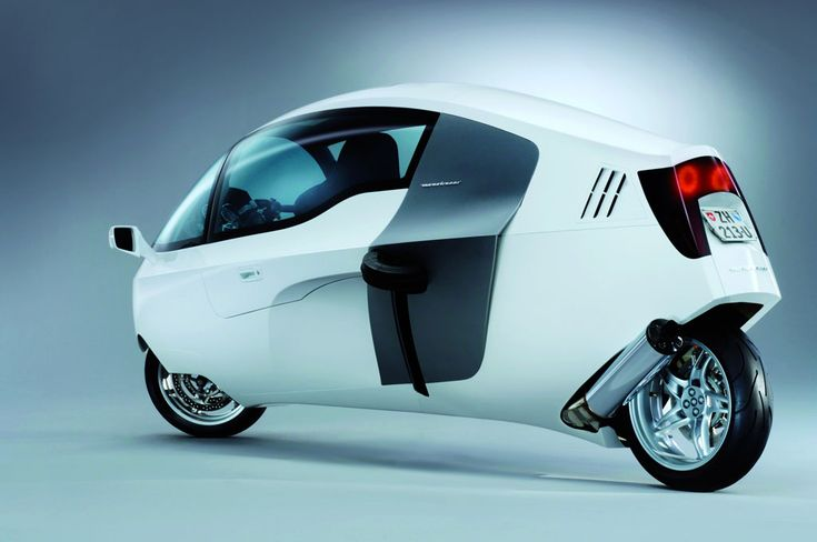 Peraves Monotracer Jet Bike - The aerodynamic design helps this bike top off at 155 miles per hour.