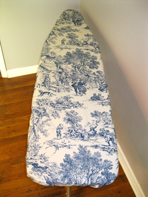 make your own ironing board cover...I love this pattern