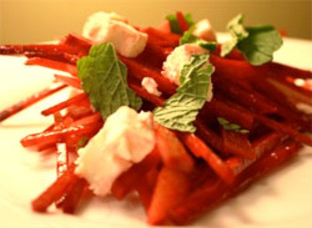 Dinner Tonight: Crunchy Raw Beetroot Salad with Feta and Pear