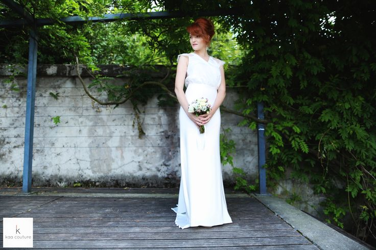 www.kaacouture.com  kaa couture créatrice robe de mariée à lyon - mariage civil - demoiselle d'honneur - témoin credit: la danse de l'image ,mise en beauté: cindy philippon et sandra pro