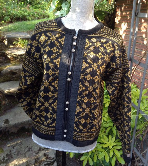 Dale of Norway, Norwegian wool cardigan sweater made in Norway-size M