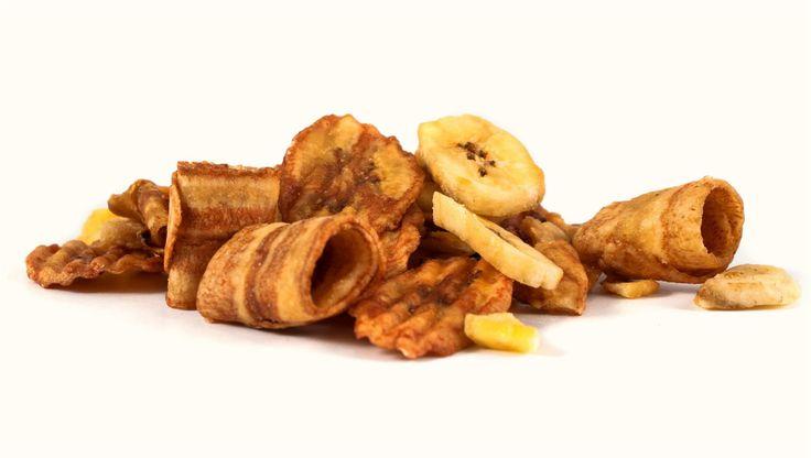 """""""Bananowy Czubek"""" Mieszanka: chipsy bananowe w karmelu, chipsy bananowe w sezamie, chipsy bananowe."""