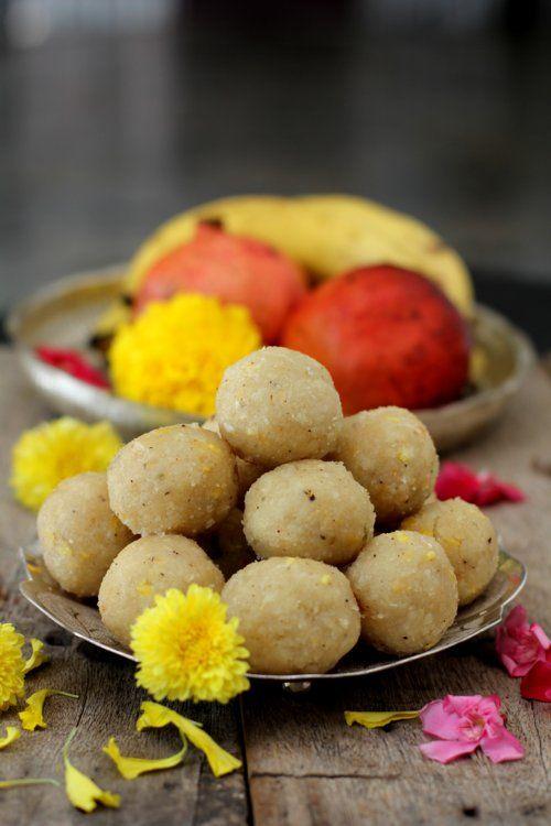 How to make bellam undrallu recipe with rice flour.Teepi Undrallu, a gem among Vinayaka Chavithi prasadam recipes is a favorite of Ganesha.Ganesh Pooja 2014