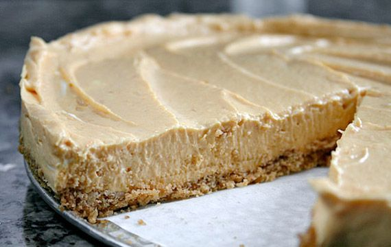 No-Bake Pumpkin Cheesecake: Pound Cakes, Cans Pumpkin, Graham Crackers Crusts, Baking Pumpkin, No Tub Shaped, Easy Refrigerators, Refrigerators Pumpkin, Easy Pumpkin Cheesecake, Pumpkin Cheesecake Yum Perfect