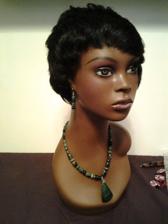 Women's Green Necklace and Earring Set by HersheeUniquedesigns, $43.20