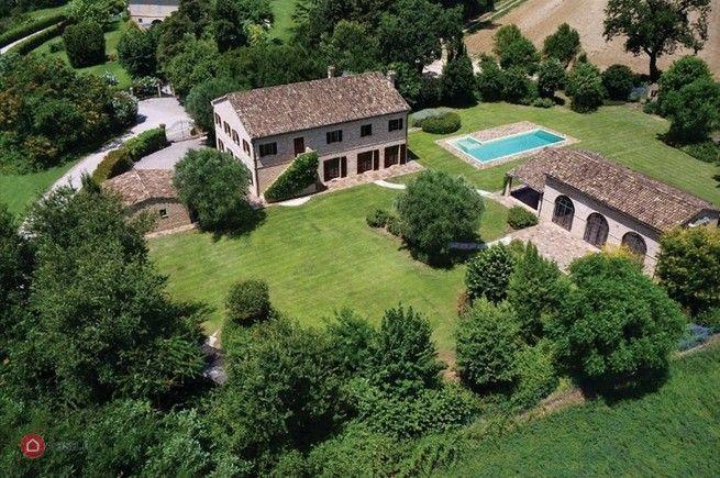 Rustico/casale in vendita a Morrovalle - 29295963 - Casa.it