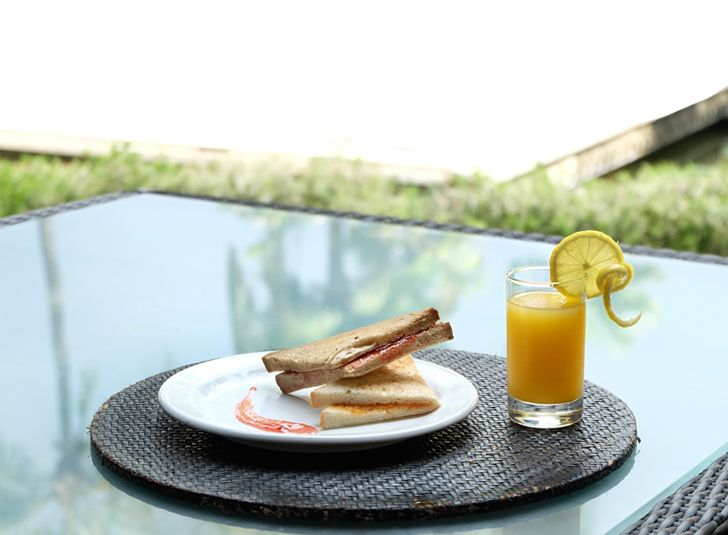 Happiness always comes in the simplest of things. To ensure your days with us starts right, a good and healthy breakfast is essential.    #thetanjungbenoa #TheTaoBali #bali