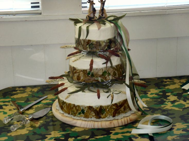 Camo Wedding Cakes   Bing Images
