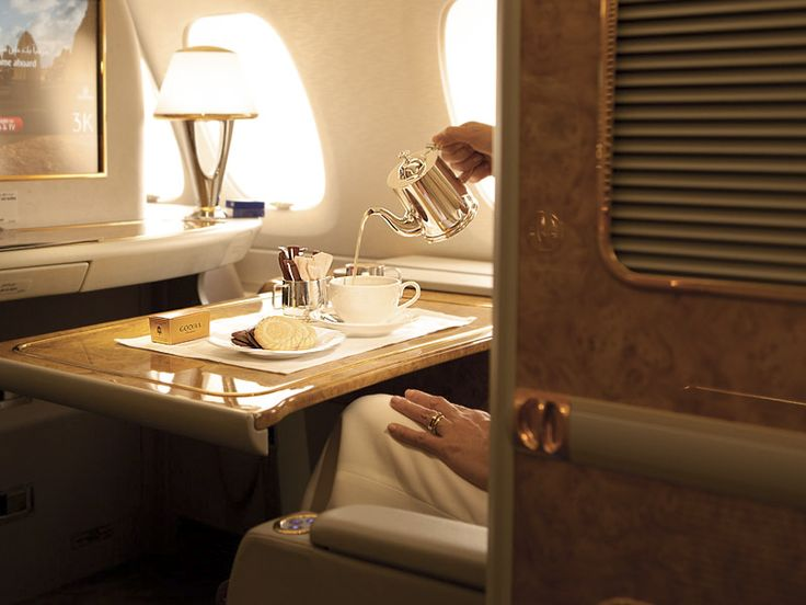 "First Class ""suites"" on Emirates Airlines. WOW! Unthinkable luxury!"