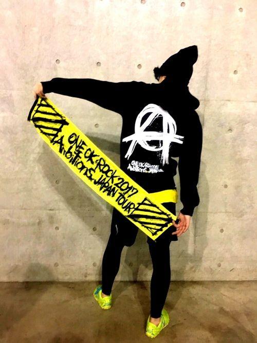 ONE OK ROCKの<Ambitions>ツアーin幕張メッセに行ってきました!! めっちゃ近く