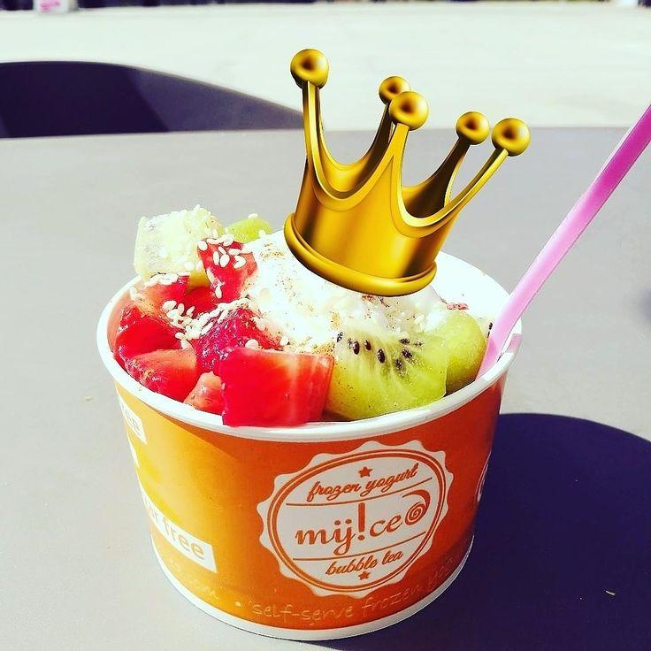 Um bom dia de Reis 👑 🎉 #diadereis #frozenyogurt #myiced #franchising #vegansoflx #geladovegan #veganicecream #froyo #vegan #iogurtegelado #instafroyo