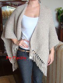 Há algum tempo uma amiga estava com um poncho semelhante a este. Gostei muito, percebi que não era difícil de ser tricotado e fiquei curiosa...