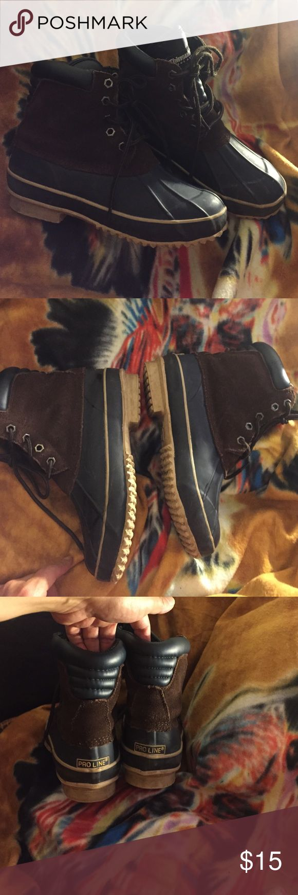 Pro Line Thinsulate  boots Cute rain boots , worn a few times only , , upper leather ,excellent condition super soft , super comfy and super warm at snow ,absolutely will always keep your feet dry in a rainy day , fashionable never goes out of style compare to L.L.bean $220 size 6 best in size 7 Pro Line thinsulate boots Shoes Ankle Boots & Booties