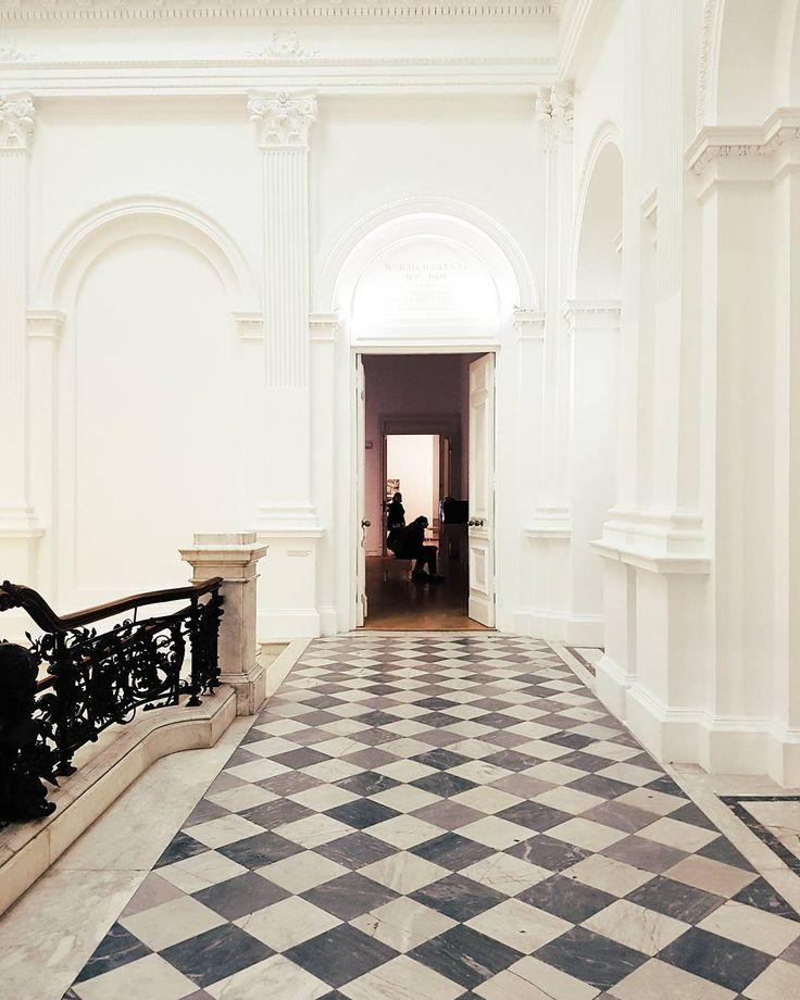 Sobota Georges Perec w Zachęcie  #zachęta #vzcowarsaw #vzcopoland #georgesperec #art #sztuka #vsco #exhibition #museum #gallery #sobota