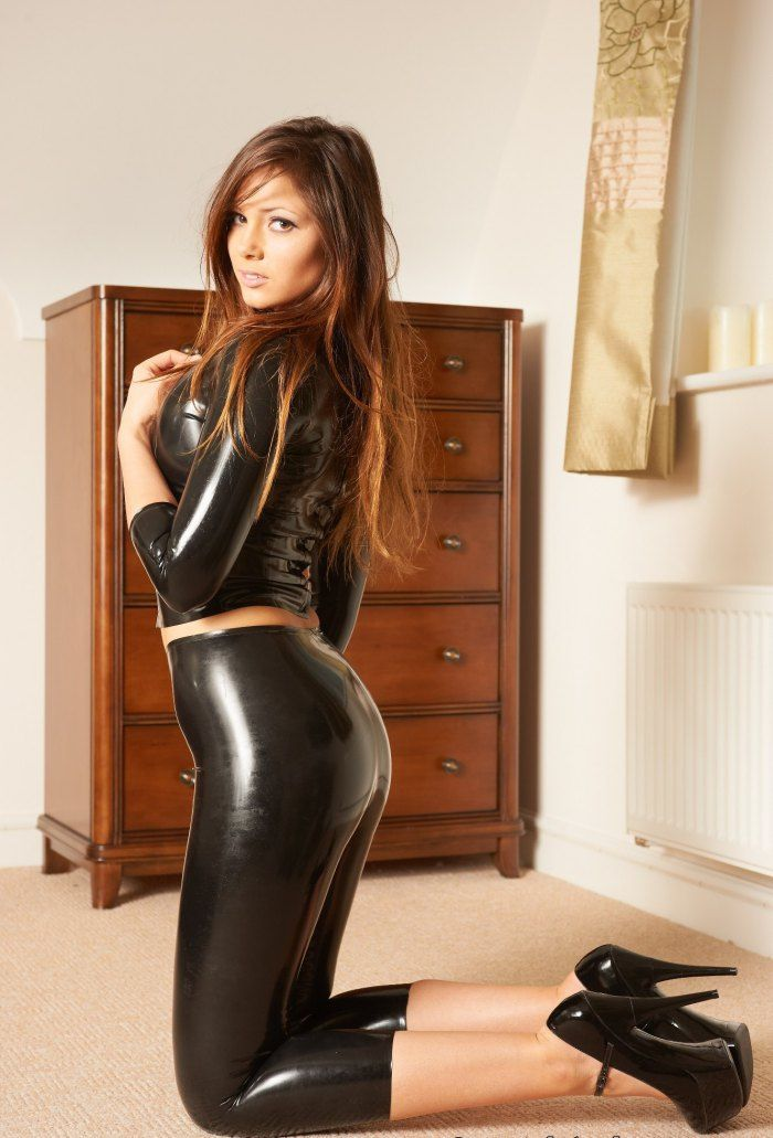 Louisa Marie British Glamour Models | Louisa Marie ...