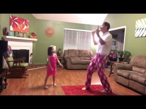 Vrolijke BlijNieuwslezersbijdrage over vader jprinder1 die samen met zijn dochter een dans instudeert en opneemt voor zijn Youtubekanaal op Can't Stop The Feeling! van Justin Timberlake 27Facebook 0Twitter 0LinkedIn BlijNieuws-WhatsApp27shares #dansen #familie