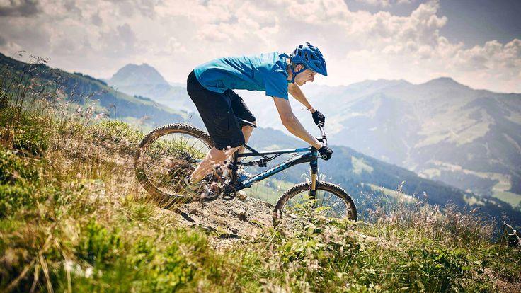 Nasze najnowsze modele rowerów górskich posiadają wiele zalet.  Oprócz bardzo bogatego wyposażenia, są niezwykle lekkie i – dzięki doskonałym osiągom – mogą również przyciągnąć bardziej wymagających rowerzystów, chcących osiągać mistrzowskie wyniki w jeździe.   Korzystamy jedynie z najlepszych podzespołów, ponieważ to właśnie one są odzwierciedleniem naszych własnych oczekiwań co do jakości i funkcjonalności.  Więcej: http://kreidler.pl/rowery/rowery-gorskie-mtb-cross-lp/