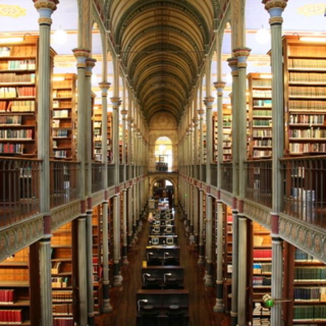 Beautiful library :)