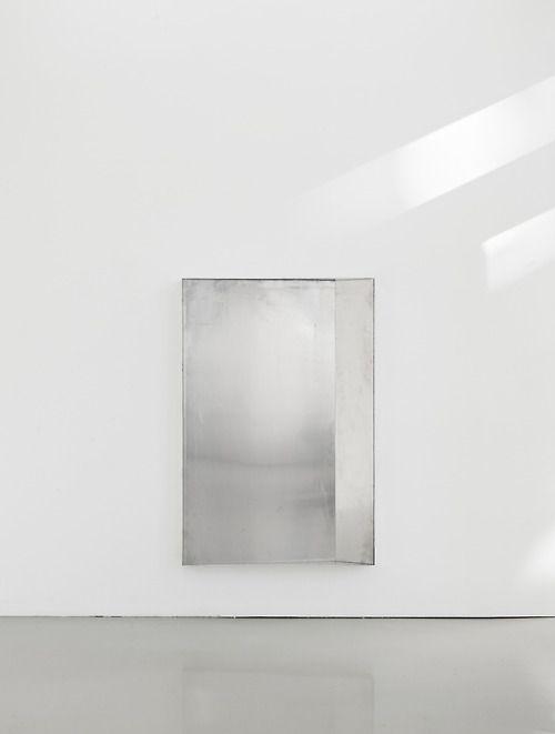 grey | metal | white