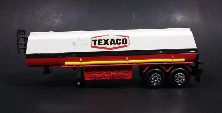 1973 Lesney Matchbox Super Kings K-16 Texaco Articulated Tanker Semi Trailer Diecast Toy Car https://treasurevalleyantiques.com/products/1973-lesney-matchbox-super-kings-k-16-texaco-articulated-tanker-semi-trailer-diecast-toy-car #Vintage #1970s #70s #Seventies #Lesney #Products #Matchbox #SuperKings #Texaco #Articulated #Tankers #Semis #Trailers #Diecast #Toys #Cars #England #Collectibles