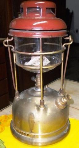 Antigo Lampião Inglês Tilley Lamp Model X 246, completo