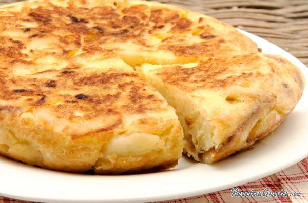Tortilla de patatas original   http://www.recetasgratis.net/Receta-de-Tortilla-patatas-receta-13699.html
