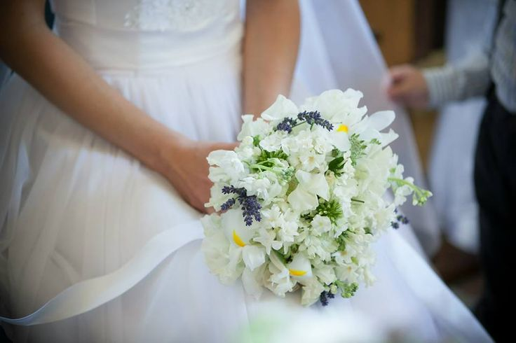 As delicate as the bride