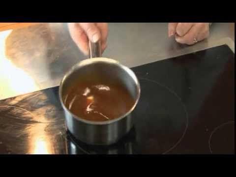 Caramel à napper par Pierre-Dominique Cécillon pour Larousse Cuisine