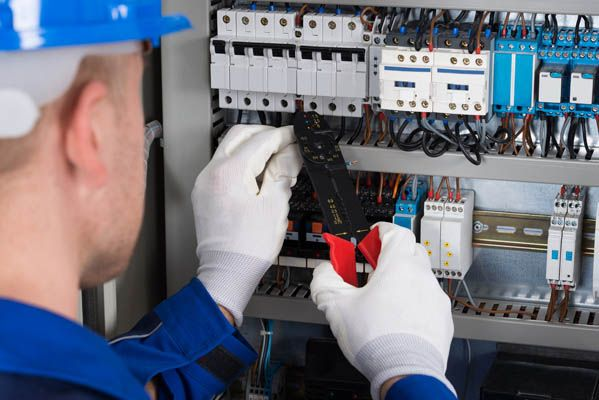 There are plenty of reasons why you need to hire an electrical contractor to serve your needs, such as to install new electrical fittings, to simply improve or upgrade, to carry out electrical repairs, etc.