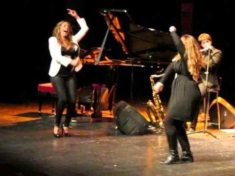 MARIA TOLEDO fin de fiestas por tangos (en directo desde el teatro López de Ayala de Badajoz) - YouTube
