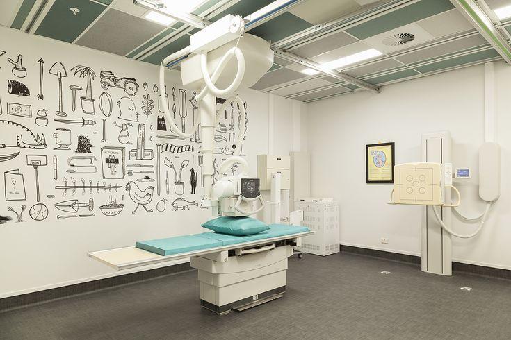 X-ray Machine #xray #machine #ceilingpanels #funkywallpaper #greenfabric #interiordesign #architecturaldesign