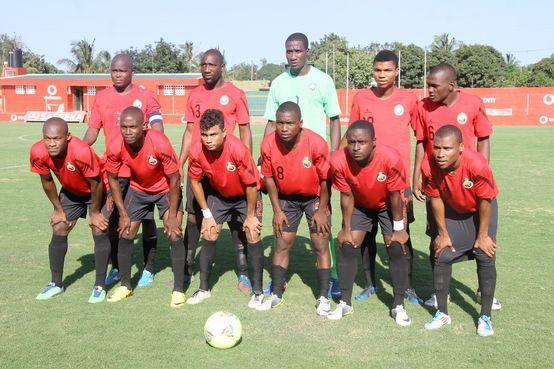 África do Sul e Moçambique vão jogar contra a xenofobia http://angorussia.com/desporto/africa-do-sul-e-mocambique-vao-jogar-contra-a-xenofobia/
