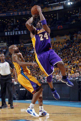 Los Angeles Lakers v New Orleans Hornets, New Orleans, LA: Kobe Bryant and Jarrett Jack