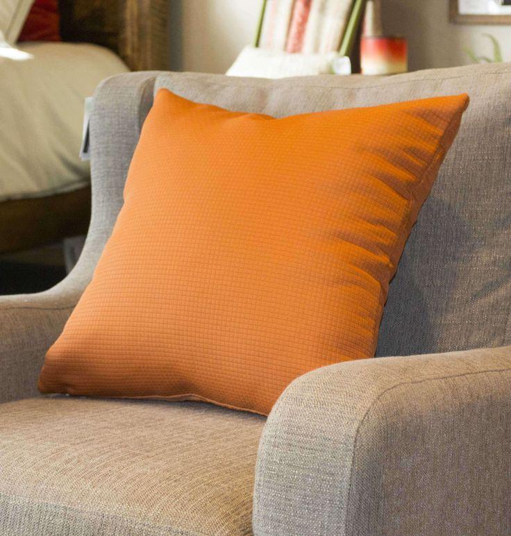 les 25 meilleures id es concernant oreillers aux couleurs vives sur pinterest d co marocaine. Black Bedroom Furniture Sets. Home Design Ideas