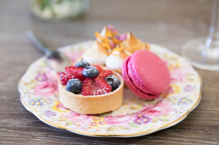 Mary Eats Cake - vegan high tea in Sydney Rd Brunswick (gluten free options)
