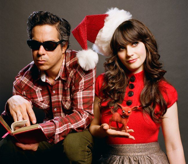 SHE & HIM christmas album - most definite buy!Christmas Parties, Deschanel Christmas, Black Buttons, Favorite Christmas, Deschanel Red, Album Outfit, Modern Christmas, Zooey Deschanel, Christmas Album