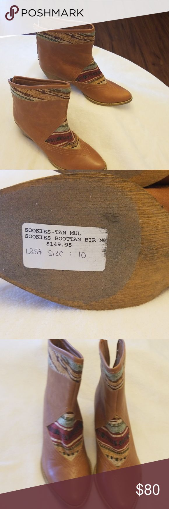 Sbicca Stiefel NWO Box. Dies war das letzte Paar und war das Display-Paar auf ei …