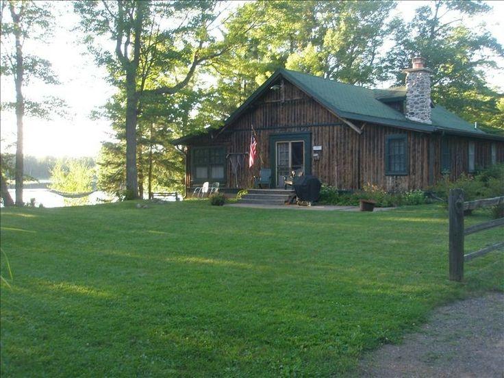 16 best cabin living images on pinterest log cabins for Vrbo wisconsin cabins